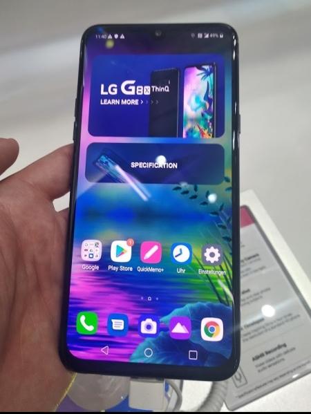 LG nudi telefon kom lako može da se doda još jedan ekran
